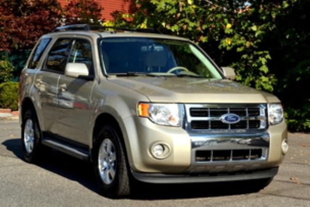 FORD ESCAPE LIMITED, 2011